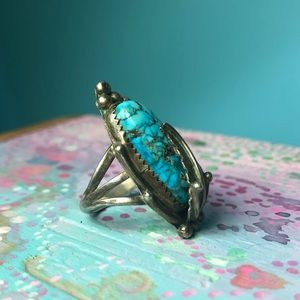 Vintage Jewelry - Vintage Navajo Sterling Silver Turquoise Ring